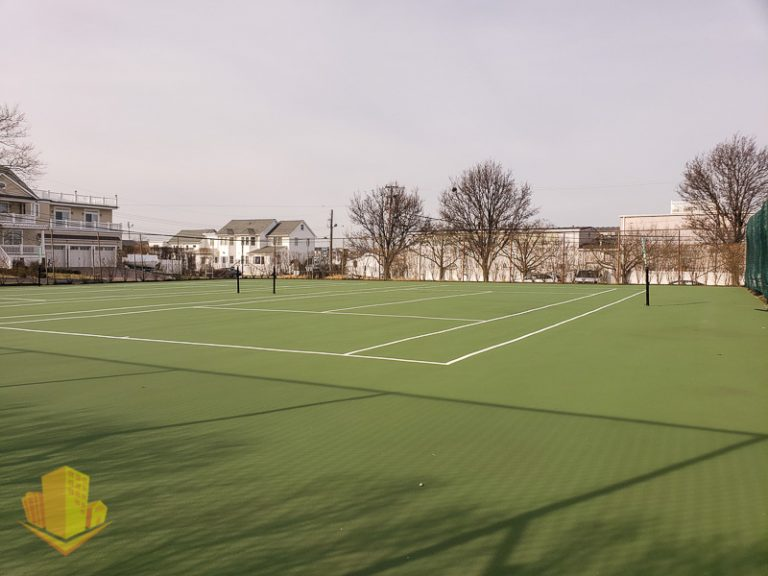 Channel Club Tennis Courts