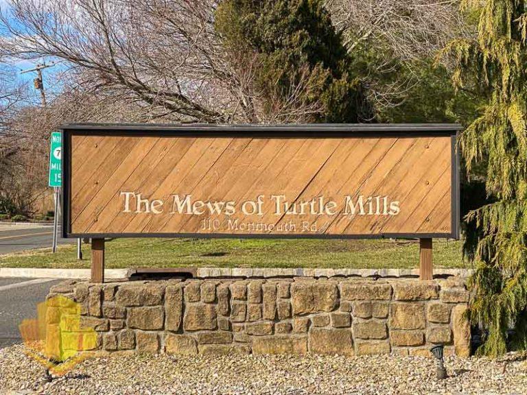 Mews at Turtle Mills Sign