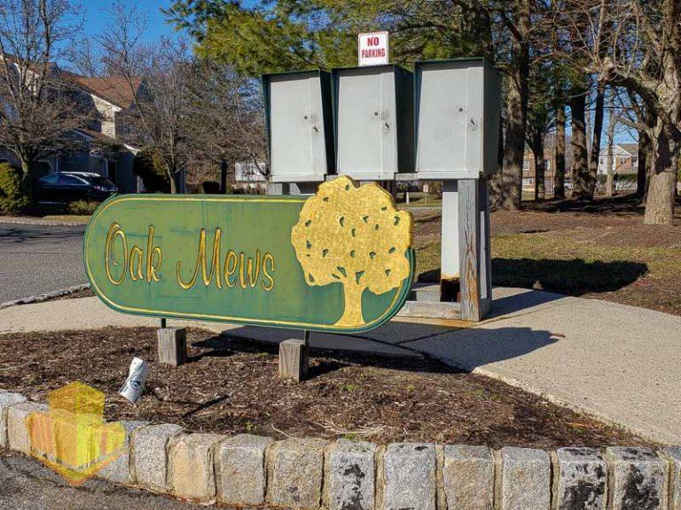 Oak Mews Entrance Sign