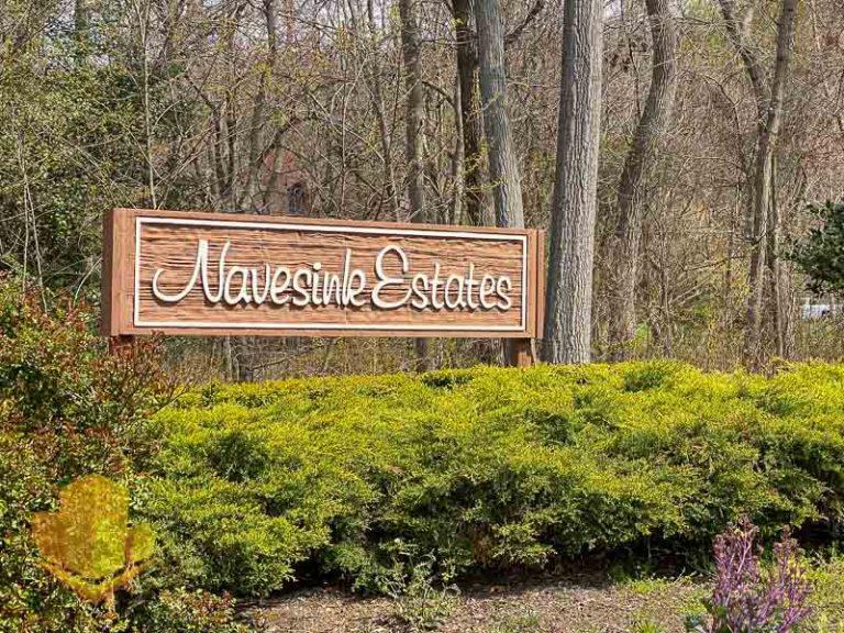 Navesink Estates Entrance Sign