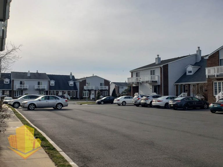 Sands Point North Townhouses
