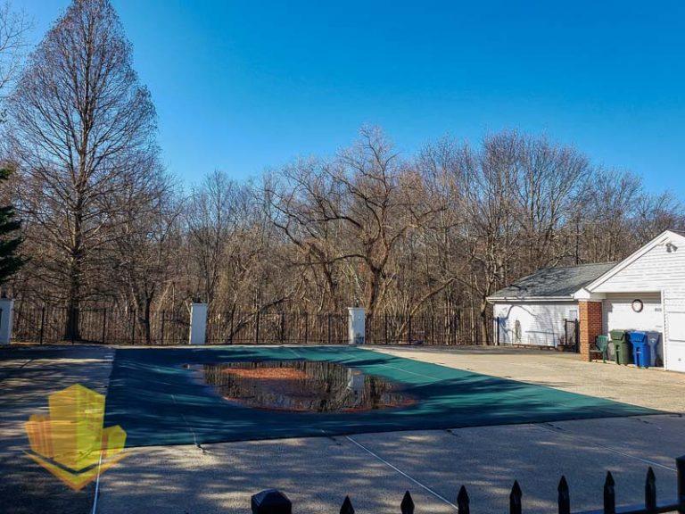 The Villas Outdoor Pool