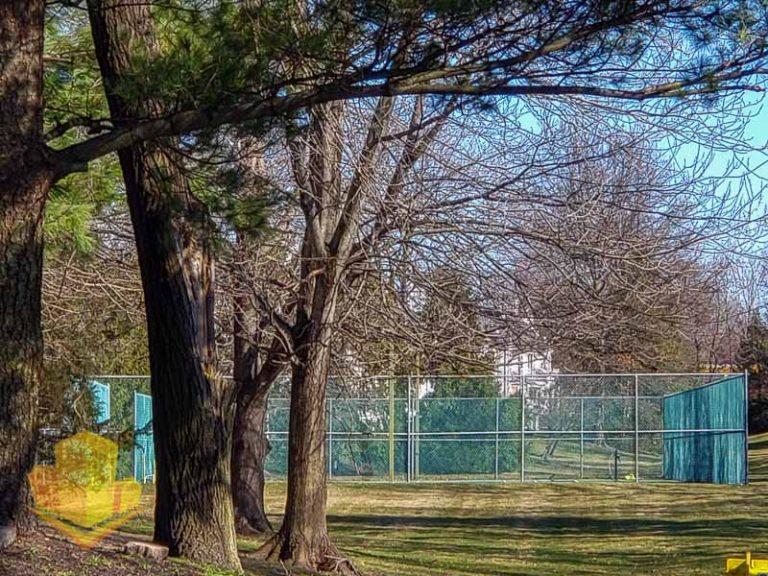 The Villas Tennis Courts