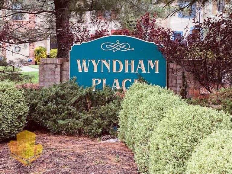 Wyndham Place Entrance Sign