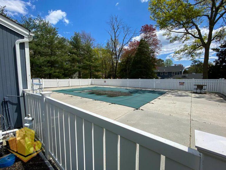 Fox Hill Community Pool