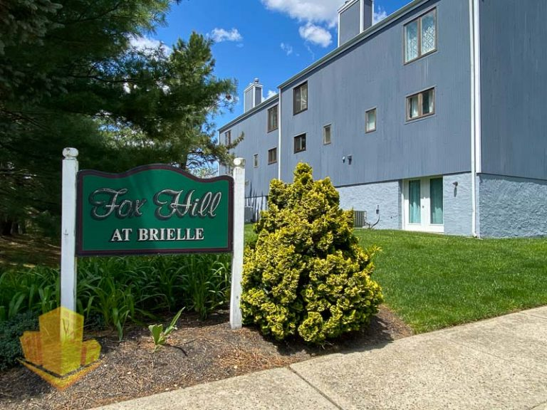 Fox Hill Entrance Sign