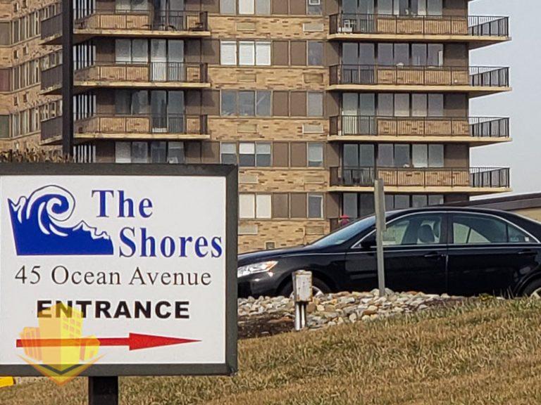 The Shores Entrance Sign