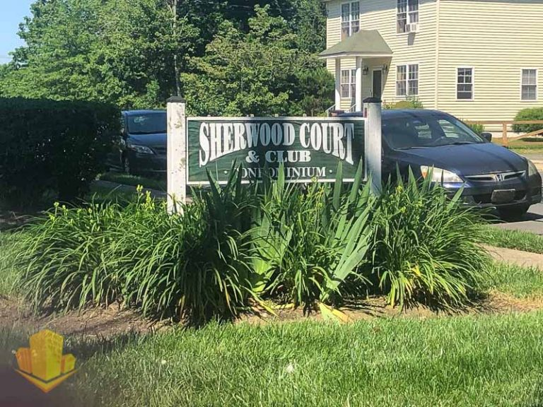 Sherwood Court Entrance Sign