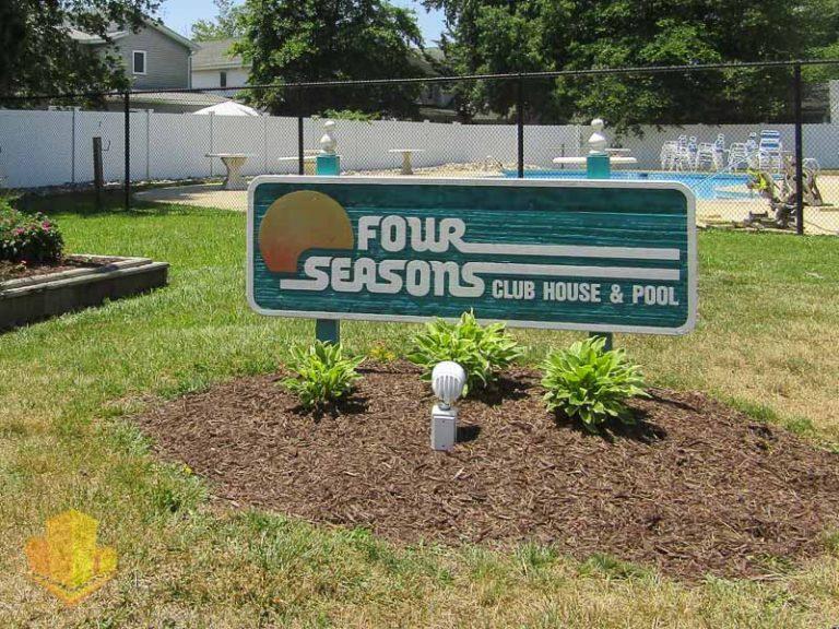 Four Seasons Club House Sign