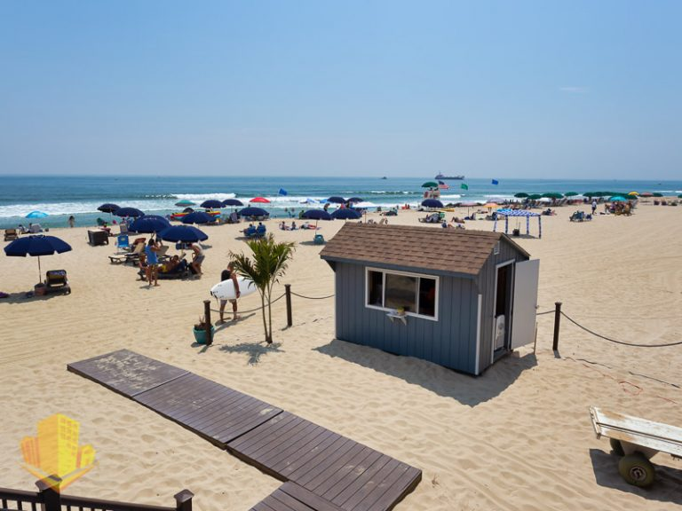 Beach Unbrella Rentals