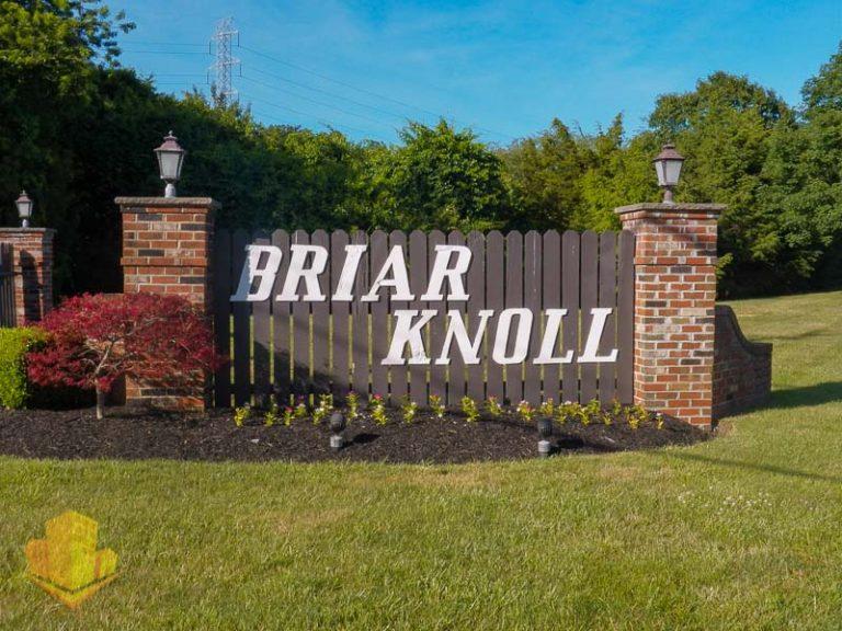 Briar Knoll Entrance Sign