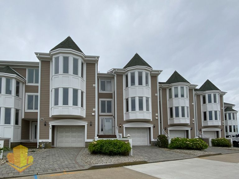 Grand Pointe Townhouses
