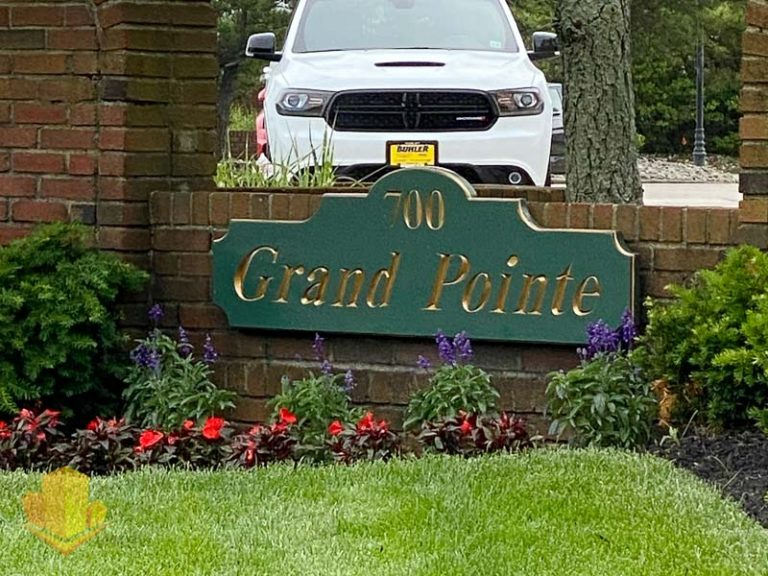 Grand Point Entrance Sign