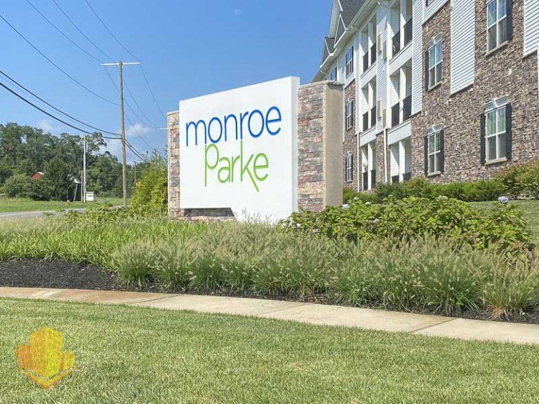 Monroe Parke Entrance Sign