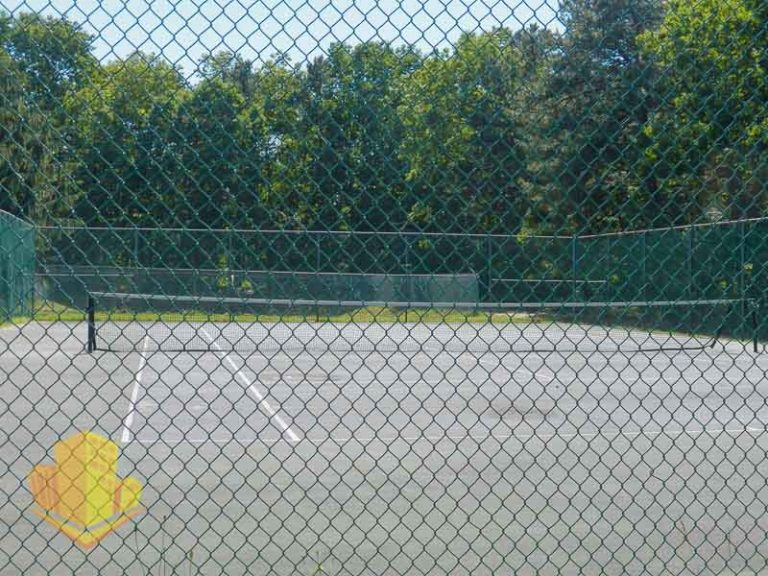 Tennis Courts at North Pointe Hollow Community